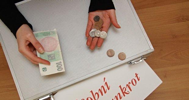 Uvažujete o osobním bankrotu? Cesta z pavučiny dluhů prošla řadou změn