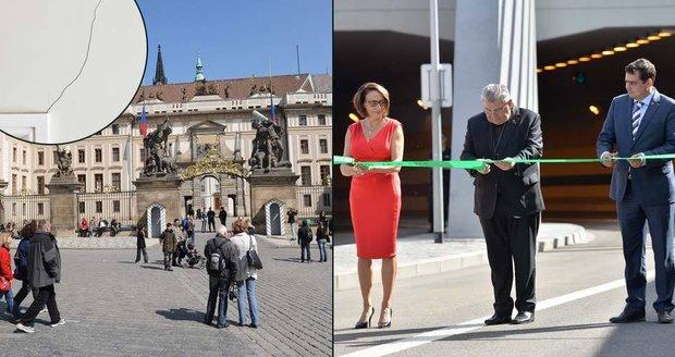 U Pražského hradu praskají zdi, údajně kvůli stavebním pracím na tunelu Blanka. Praha chce počkat na odborné posudky, ale už plánuje pokračování tunelu, které má být ještě dražší.