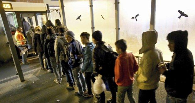 Němci chystají migrantům bodový systém: Krádež za jeden bod, za vraždu deportace