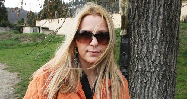 Marika Sörösová se upla k Bohu.