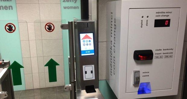 Na Můstku jsou teď záchody moderní.
