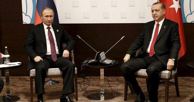 Turci prosí Rusko o prominutí. Erdogan se omluvil za sestřelení letadla