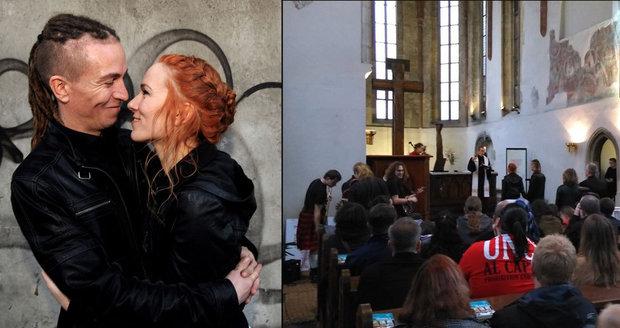 "Great pirate wedding: Bartos married ""Priestess of Chaos"", played Znacity"