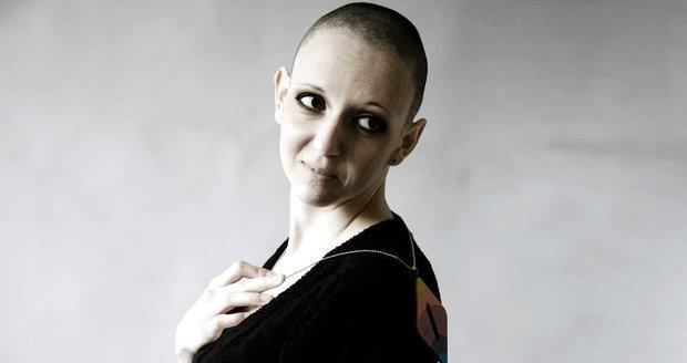 Lucie Bittalová rozjela po onemocnění rakovinou děložního čípku kampaň za prevenci s názvem Měsíc raka. Svůj boj s rakovinou však prohrála.