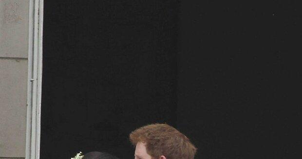 Harry s Pippou flirtoval už na svatbě Williama a Kate.