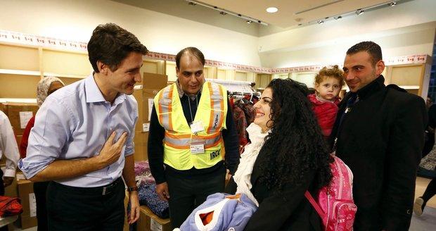 Premiér vítal migranty přímo na letišti. Do Kanady jich dorazilo přes 160
