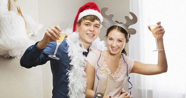 """Ťuknete si s dětmi na Silvestra? Pozor, aby nezačaly """"nasávat"""" i běžně"""