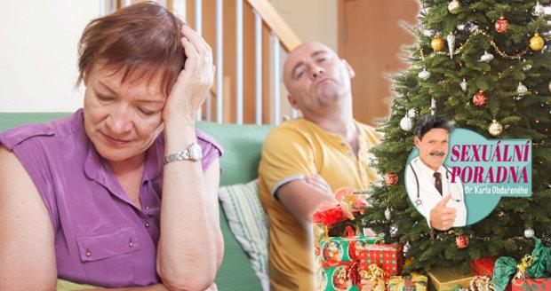 Když daruje matka synovi k Vánocům umělou vaginu, jsou z toho rodinné trable.