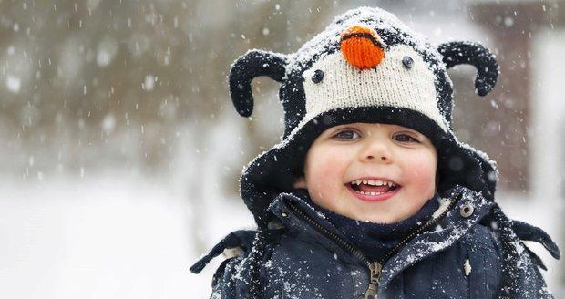 Do středečního rána napadne na horách 20 cm sněhu. Řidiči by měli být obezřetní.