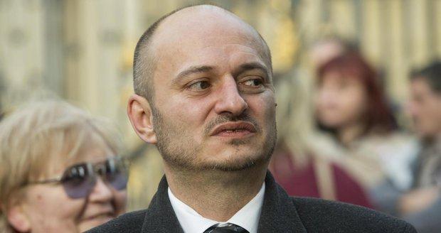 """Konvička půjde před soud. I za muslimy """"namleté v masokostní moučce"""""""