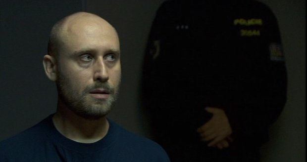 V seriálu ho hrál Jiří Bartoň.