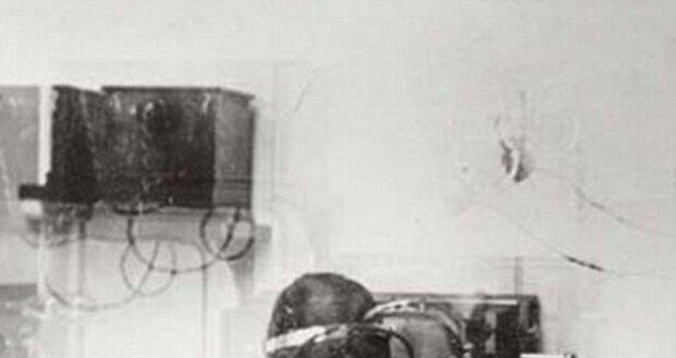 Původní telegrafní místnost na Titanicu. Odsud pasažéři posílali zprávy svým blízkým.