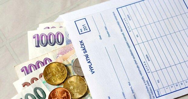 Minimální mzda až 17 tisíc? Odboráři EU vyrazili do boje i za Česko