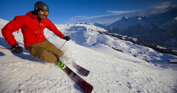 Alpy lákají mnoho turistů.