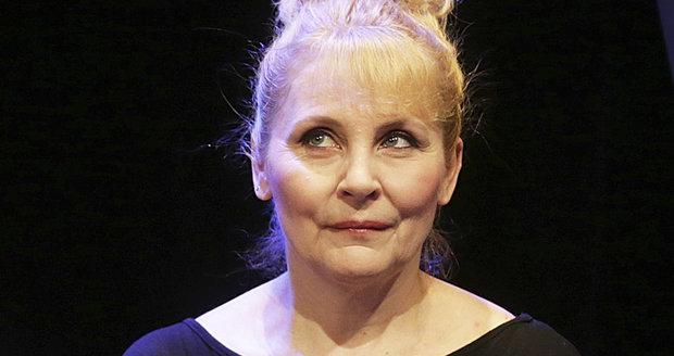 Veronika Gajerová nadabovala například Samanthu v Sexu ve městě či Lois v seriálu Griffinovi.