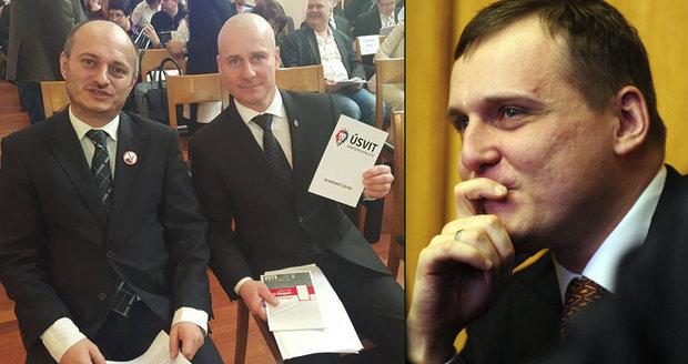 """Konvička """"zpíval"""" na policii: Bárta mi slíbil 60 milionů za Blok proti islámu"""