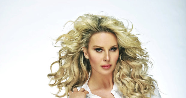 Modelka Simona Krainová