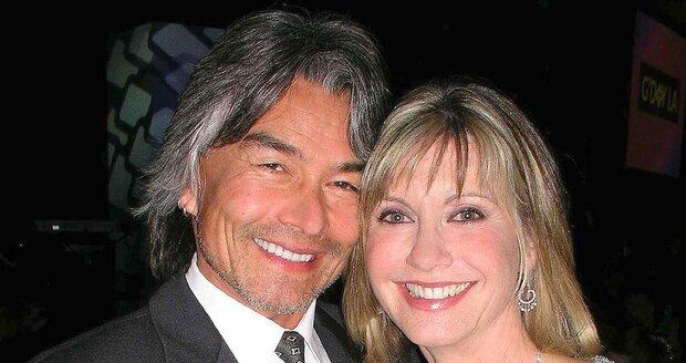 Olivia Newton-John a její bývalý McDermott (v roce 2005)