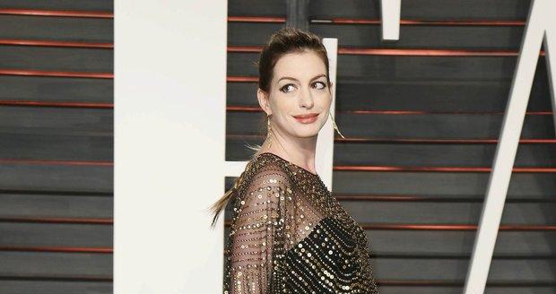 Anne Hathaway v těhotenství