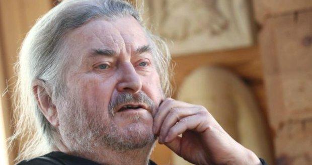 František Ringo Čech o uprchlících: V Evropě bude válka do tří let! Já zbroják mám...