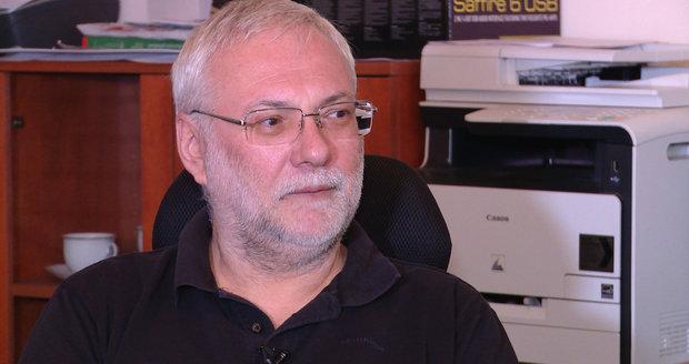 Josef Mladý zmizel v posledních letech z obrazovky, vydělává prý ale víc.