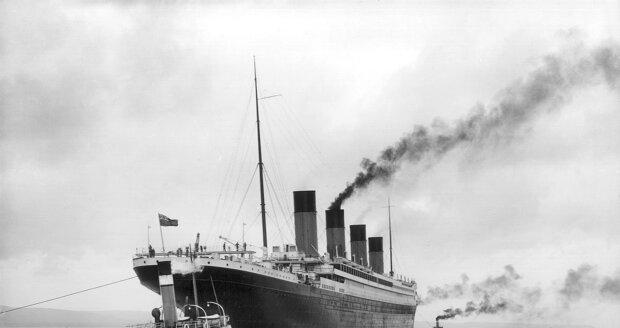 Zkáza Titanicu do dnešního dne fascinuje lidi po celém světě.