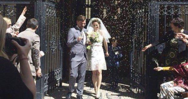 Berenika Kohoutová a Pavel Čechák už jsou manželé.