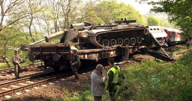 Teror v Česku? Extremisté plánovali útok na vlak u Berouna