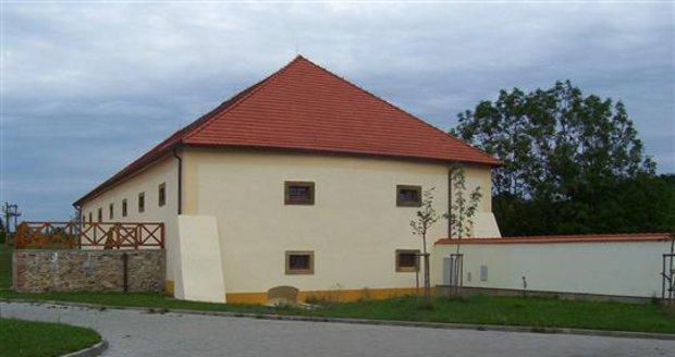 Historická budova špejcharu bude hostit na konci května interaktivní výstavu.