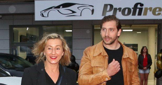 Vanda Hybnerová se svým přítelem, závodníkem rallye Jakubem Chourou