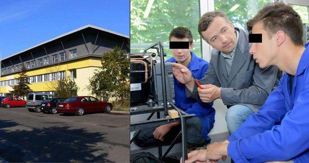Ředitel pražské školy zneužíval děti už před 22 lety! Přihlásil se nový svědek
