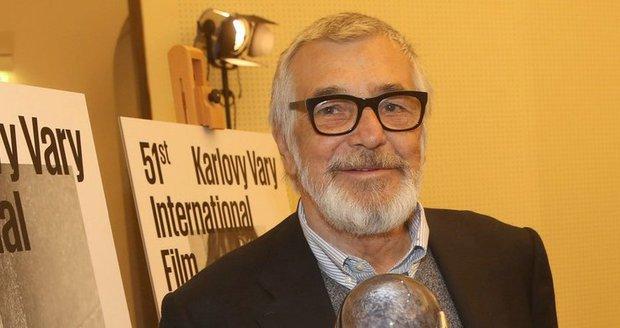 Jiří Bartoška na tiskové konferenci k 61. ročníku Filmového festivalu Karlovy Vary, teď to bude mít do Varů blíž.