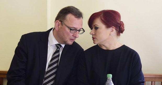 Ústavní soud zamázl stížnost Nečasové: Soudkyně se k případu vrátí v pondělí