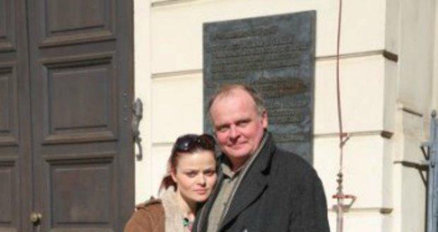 Igor Bareš s partnerkou, herečkou Antonií Talackovou