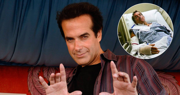 """Copperfield musel odhalit před soudem svůj slavný trik. Jak dokáže """"teleportovat"""" 13 lidí?"""