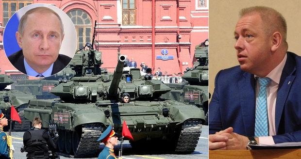 """""""Ruské tanky budou v Praze."""" Experti: Čechy i Slováky ohrožuje propaganda"""