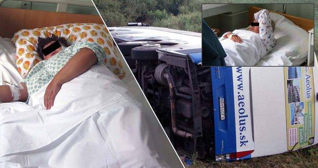 Při nehodě autobusu z Řecka zemřely i dvě Češky: Jsou známa první jména obětí