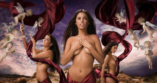 Nahá jóga: elegance ženského těla v černé a bílé.