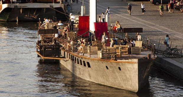 Na pražské náplavce se bude vzpomínat na rok 1968.