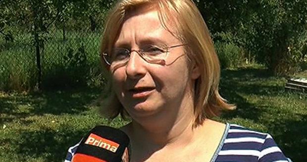 Učitelka se zavřela ve sprše s prvňáčky. Museli si přetahovat předkožku: Rodiče ji chválí