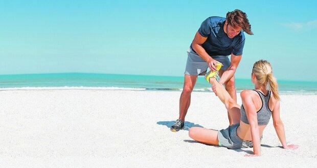 Když se na dovolené přihodí něco vážnějšího, léčení svěřte jen odborníkům. Jinak vám pojišťovna nemusí nic proplatit.