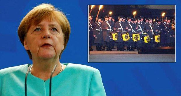 Merkelová velí do zbraně. Německá armáda má už zase utvářet světový řád