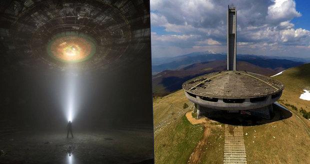Socialistický monument Buzludža v Bulharsku připomíná vesmírný koráb.