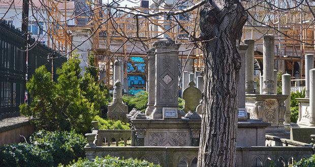 """Klid ani po smrti? Starosta Istanbulu zřídil """"hřbitov zrádců"""" pro údajné pučisty"""