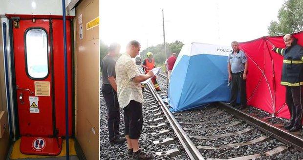 Zavinily pád holčičky (†3) z vlaku nedovřené dveře a nízká rychlost?