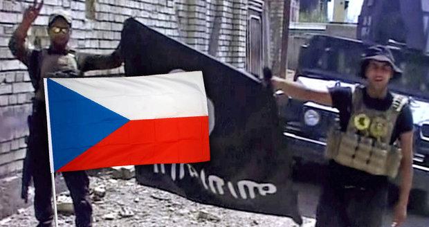 Korán, střílečky i arabské zpravodajství: Čech, který se chtěl přidat k ISIS, žil internetem