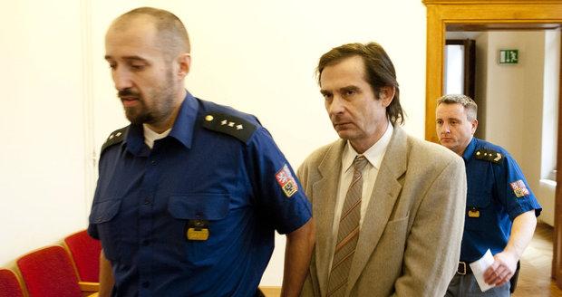 Odsouzený vrah spisovatelky Simony Monyové
