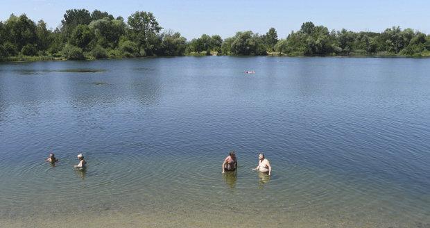 Na Brněnské přehradě se zhoršila kvalita vody. Koupat se v ní dá. Ilustrační foto.