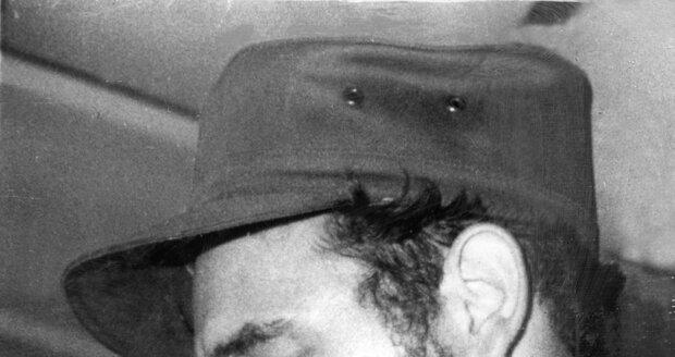 Fidel Castro s doutníkem v roce 1967