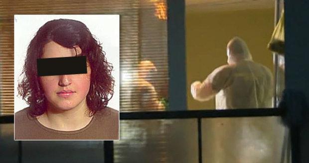 Vrah Valentyny z Liberce měl na nohou igelitové sáčky: Tělo vyhodil z okna a odtáhl do řeky